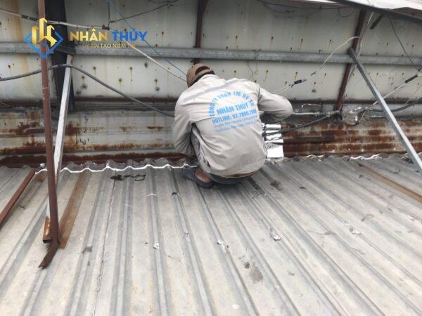 chống dột mái tôn quận 1