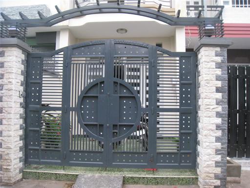 sơn cửa sắt tphcm