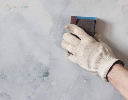 vệ sinh bề mặt sơn tường