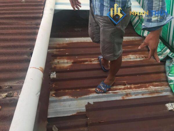 chống dột mái tôn tại quận 11