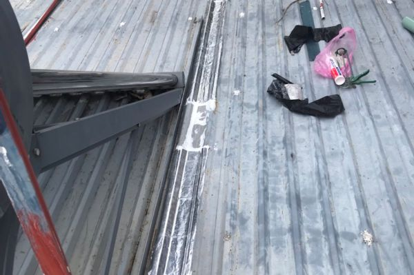 dịch vụ chống dột mái tôn quận gò vấp
