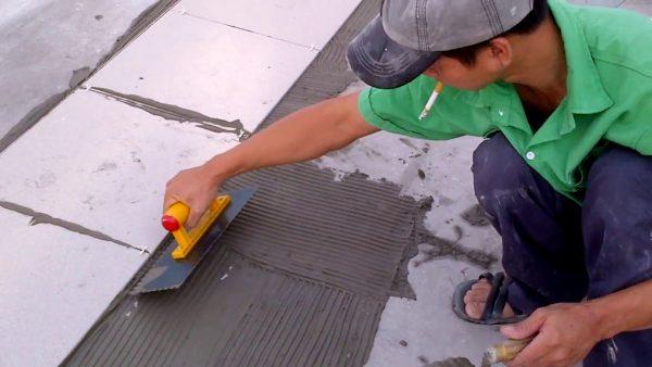 lót gạch chống thấm sân thượng