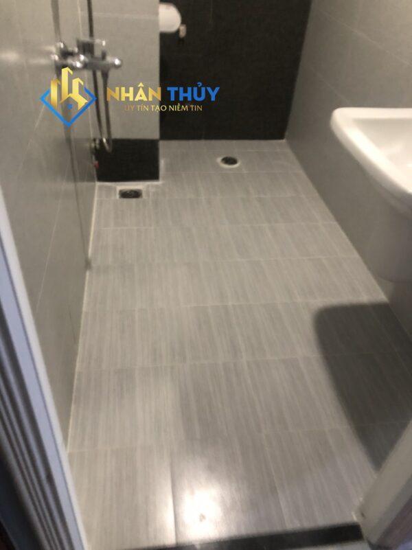 ốp gạch chống thấm nhà vệ sinh