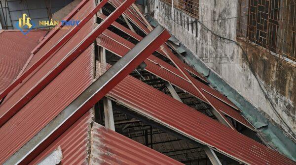 thợ làm mái tôn tại bình dương