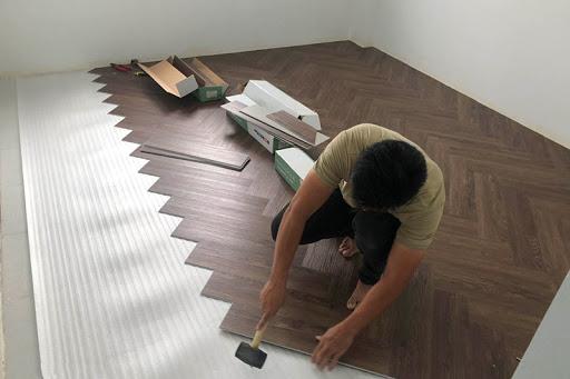 thi công sàn nhựa giã gỗ