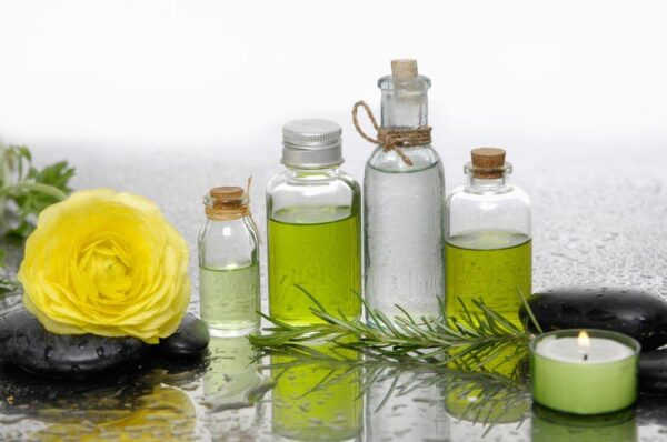 khử mùi hôi bằng tinh dầu thơm