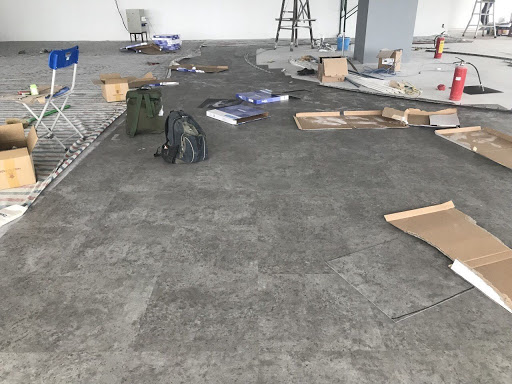 sàn nhựa giả đá trong nhà