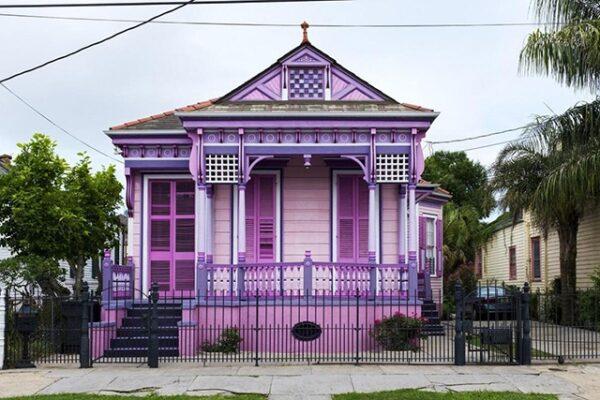 sơn nhà mặt tiền màu tím