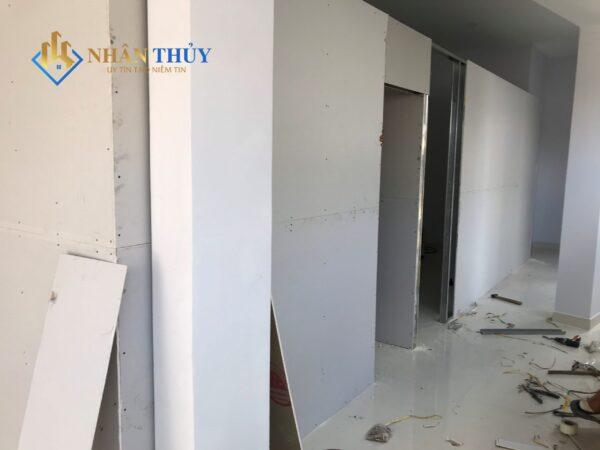thạch cao chống nóng tường