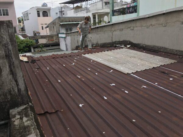 sửa mái tôn quận tân phú